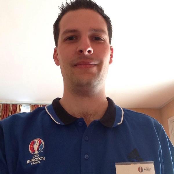 Intervention auprès des Arbitres de Football, lors d'un stage de préparation à l'EURO 2016 en France.<br /> <br /> M. ROUSSEAU Anthony, Ostéopathe à Guyancourt (78280).<br /> <br /> Prise de RDV possible 24H/24 en cliquant sur : www.anthonyrousseau.fr ou bien sur : https://www.olras.com/agenda/rousseau/osteopathe/guyancourt/